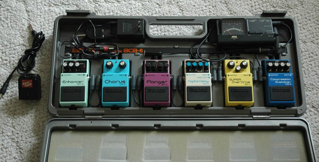 Boss 6 Pedal Box Loaded sml.jpg