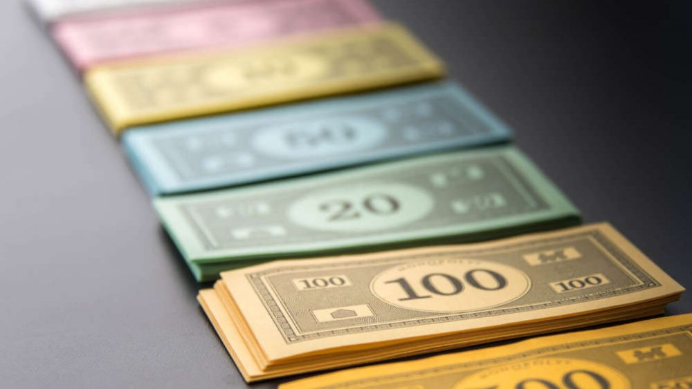 How-Much-Money-Do-You-Get-In-Monopoly-1280x720.jpg