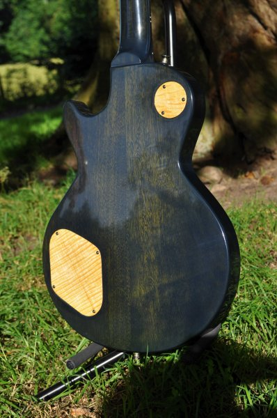 Manton Customs Origin Green Les Paul (2).JPG