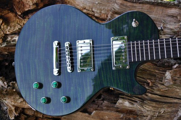 Manton Customs Origin Green Les Paul (9).JPG