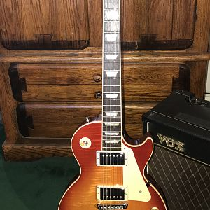 2010 Gibson Les Paul Traditional Full Pic