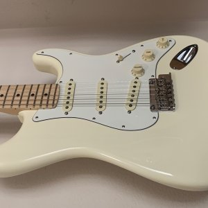 Fender American Pro Olympic White Maple Neck 2019