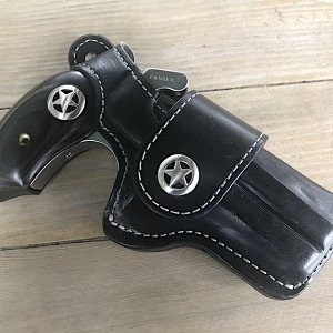 Bond Arms Ranger w:Holster.jpg