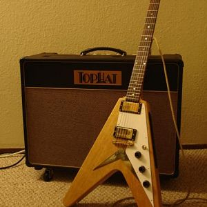 Tophat King Royale, '58 Flying V Replica