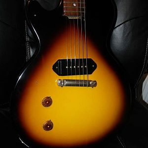 2009 '57 VOS LP Junior with scratchplate removed to show full burst pattern.