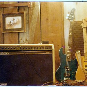 MY OLD GUITAR AND AMP